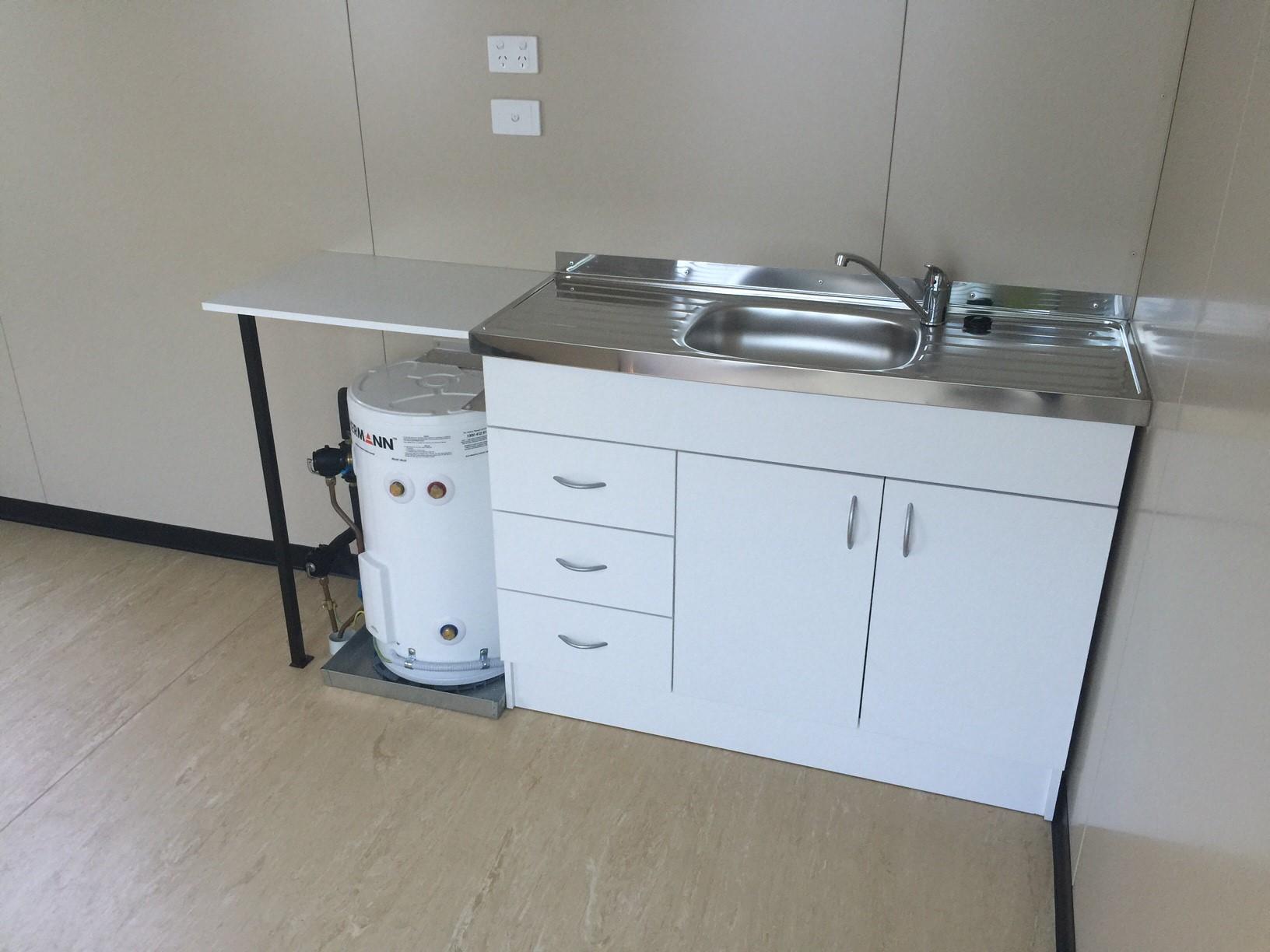 9.6x3m Sink